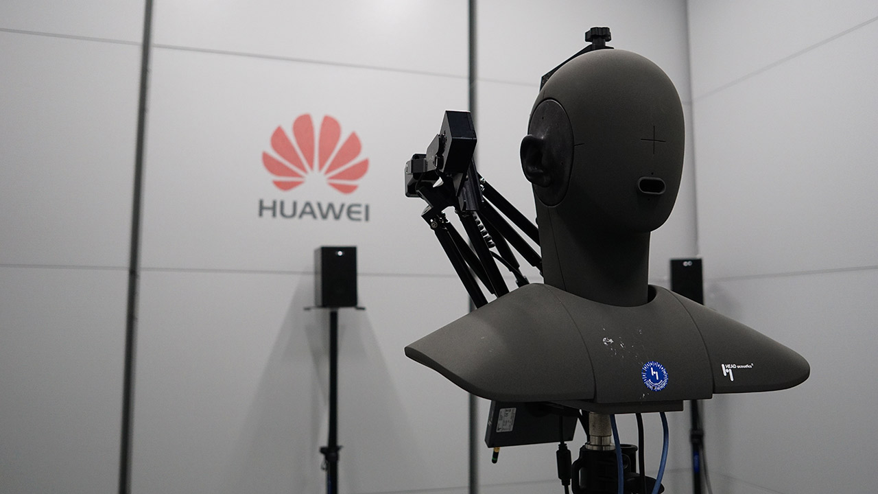 Legisladores de Estados Unidos instan a AT&T a cortar vínculos con Huawei