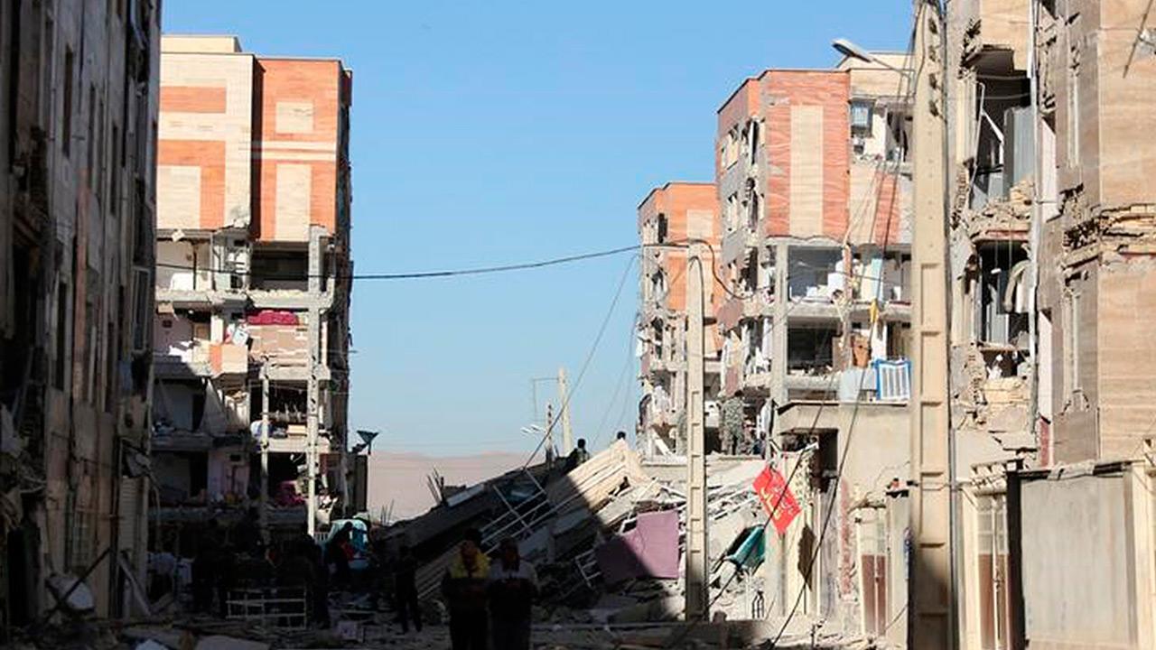 Terremoto en Irán e Irak deja más de 400 muertos
