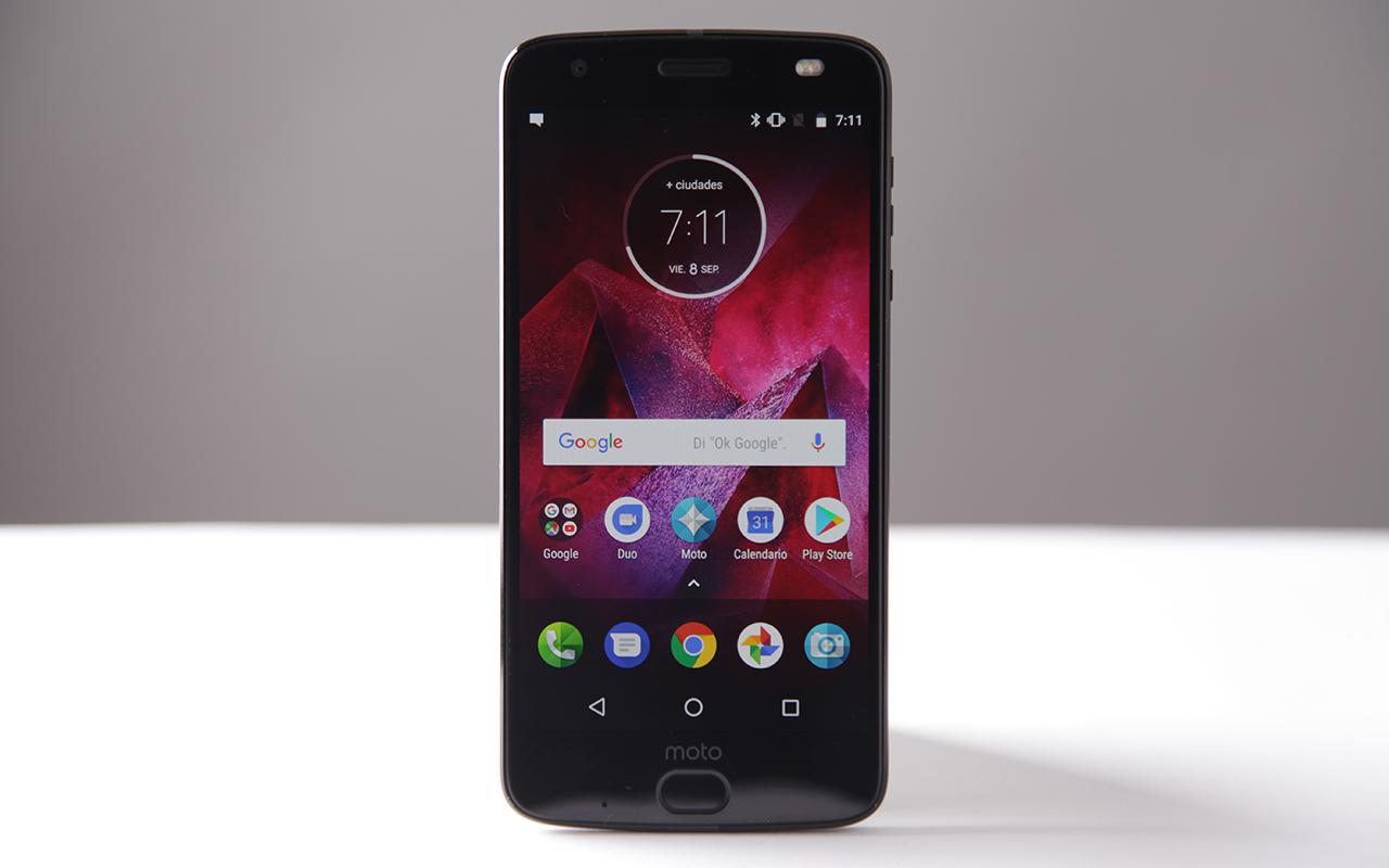 Review: Moto Z2 Force, el smartphone que lo puede todo