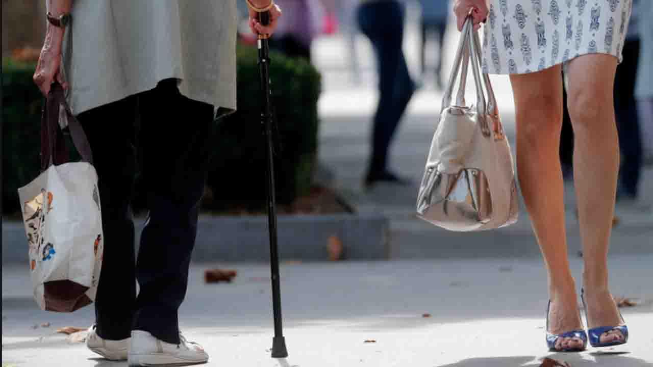 Coppel lanza iniciativa que apoyará a ONGs que ven por adultos mayores