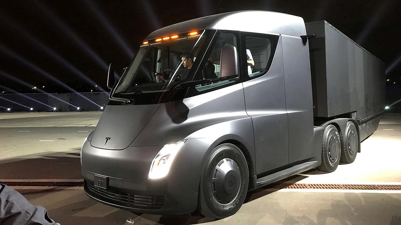 Así construirá Tesla las estaciones de recarga para el Semi