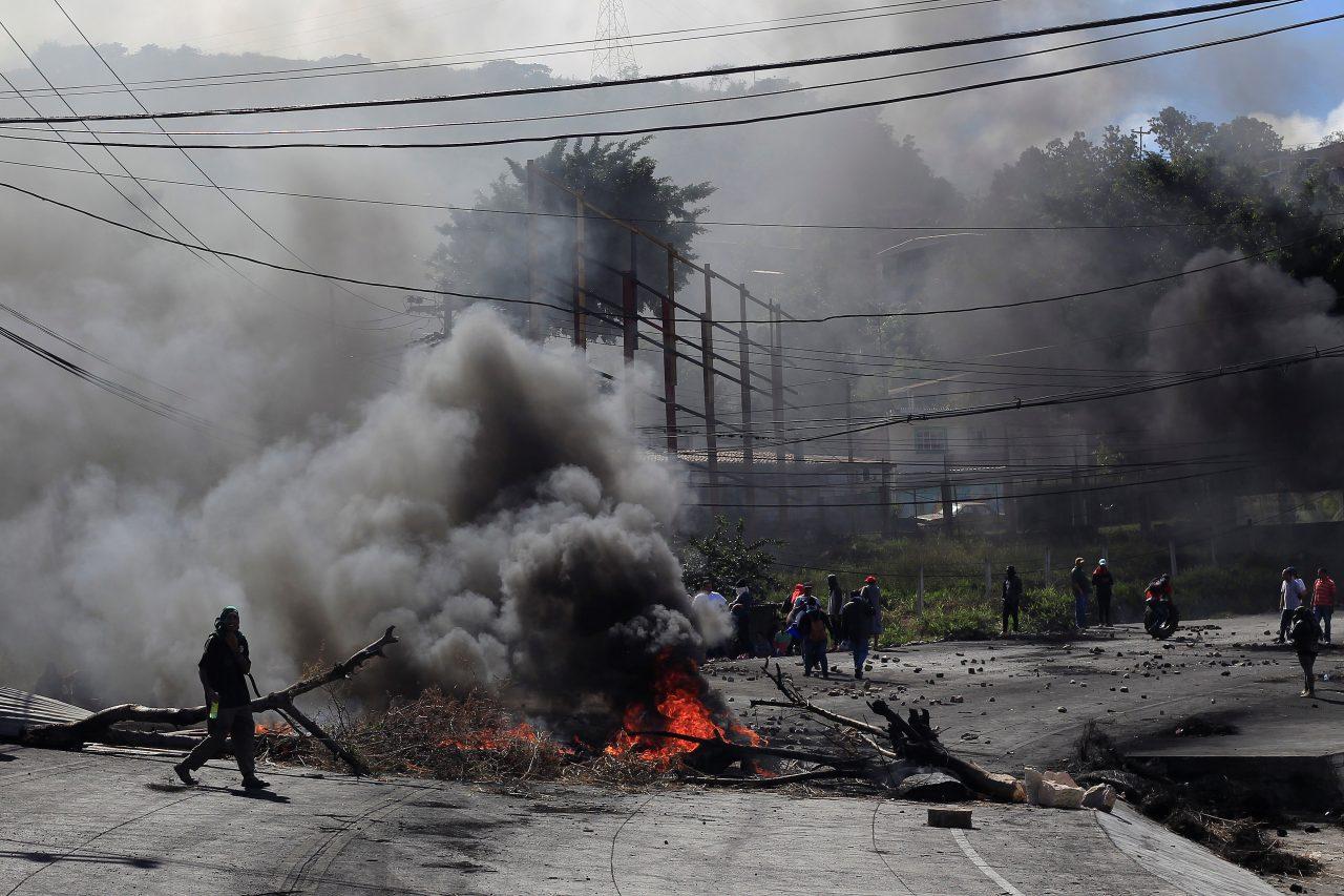 Disturbios en Honduras por triunfo de Orlando Hernández