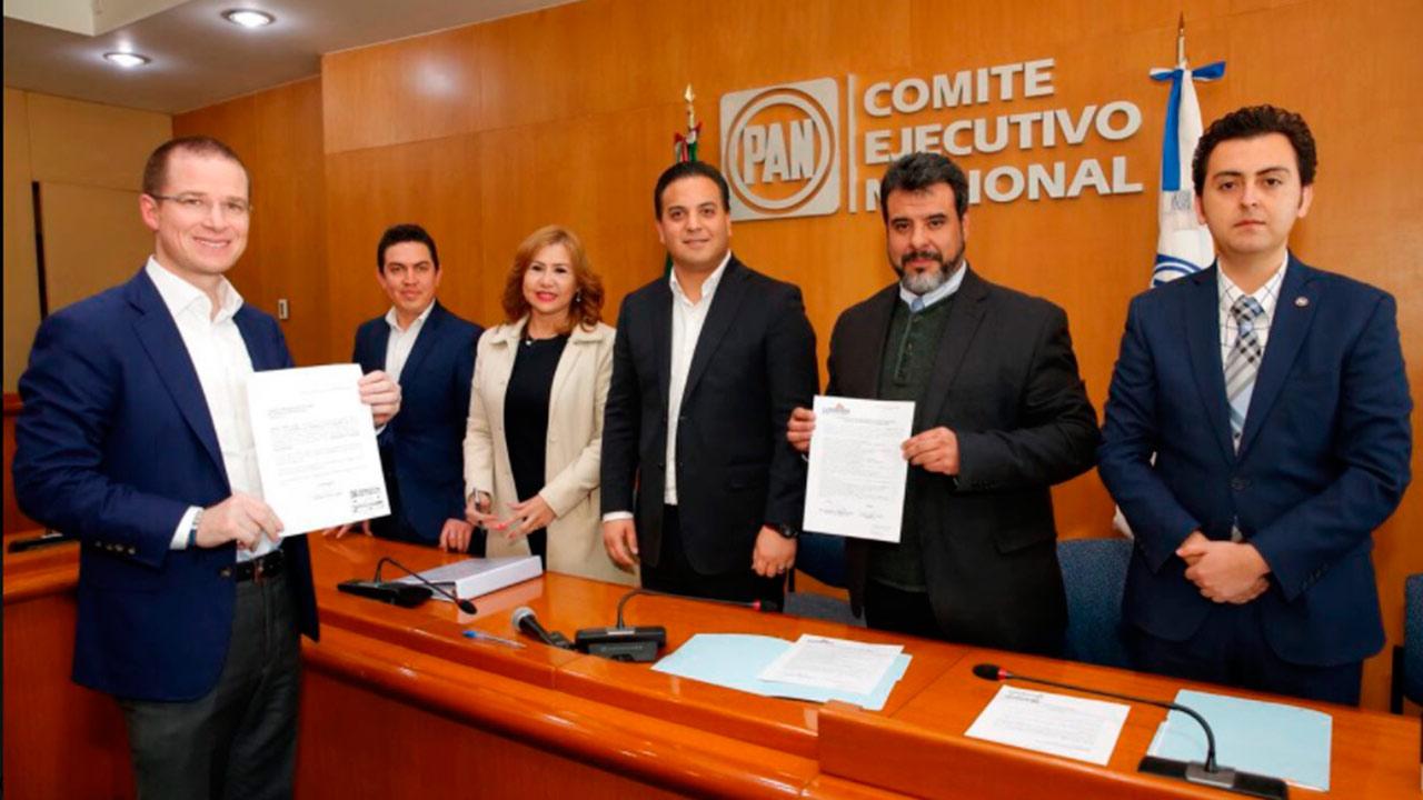 Ricardo Anaya se registra como precandidato a la presidencia