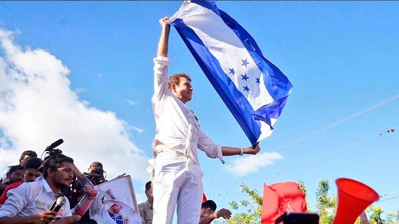 Presidente salvadoreño llama a la integración en Latinoamérica