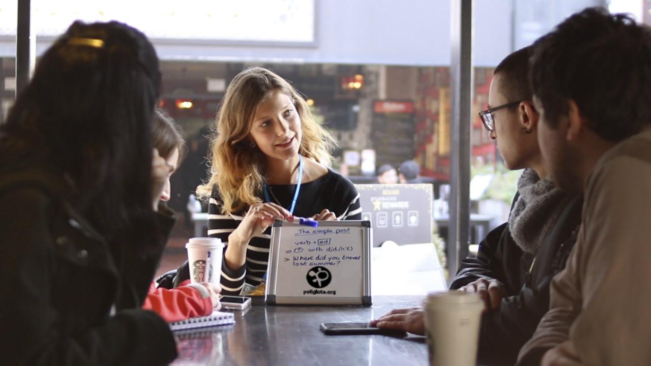 La startup que enseña inglés en cafeterías