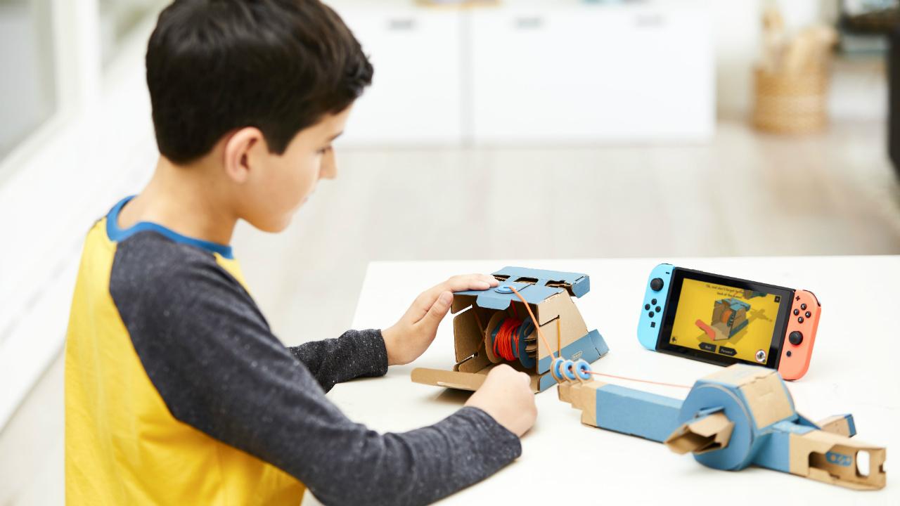 Nintendo revoluciona de nuevo, hoy con cartón