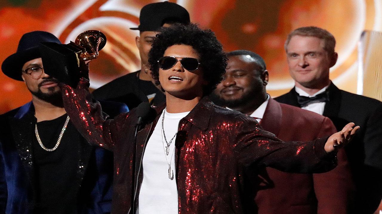 Bruno Mars fue el triunfador de los Grammys 2018