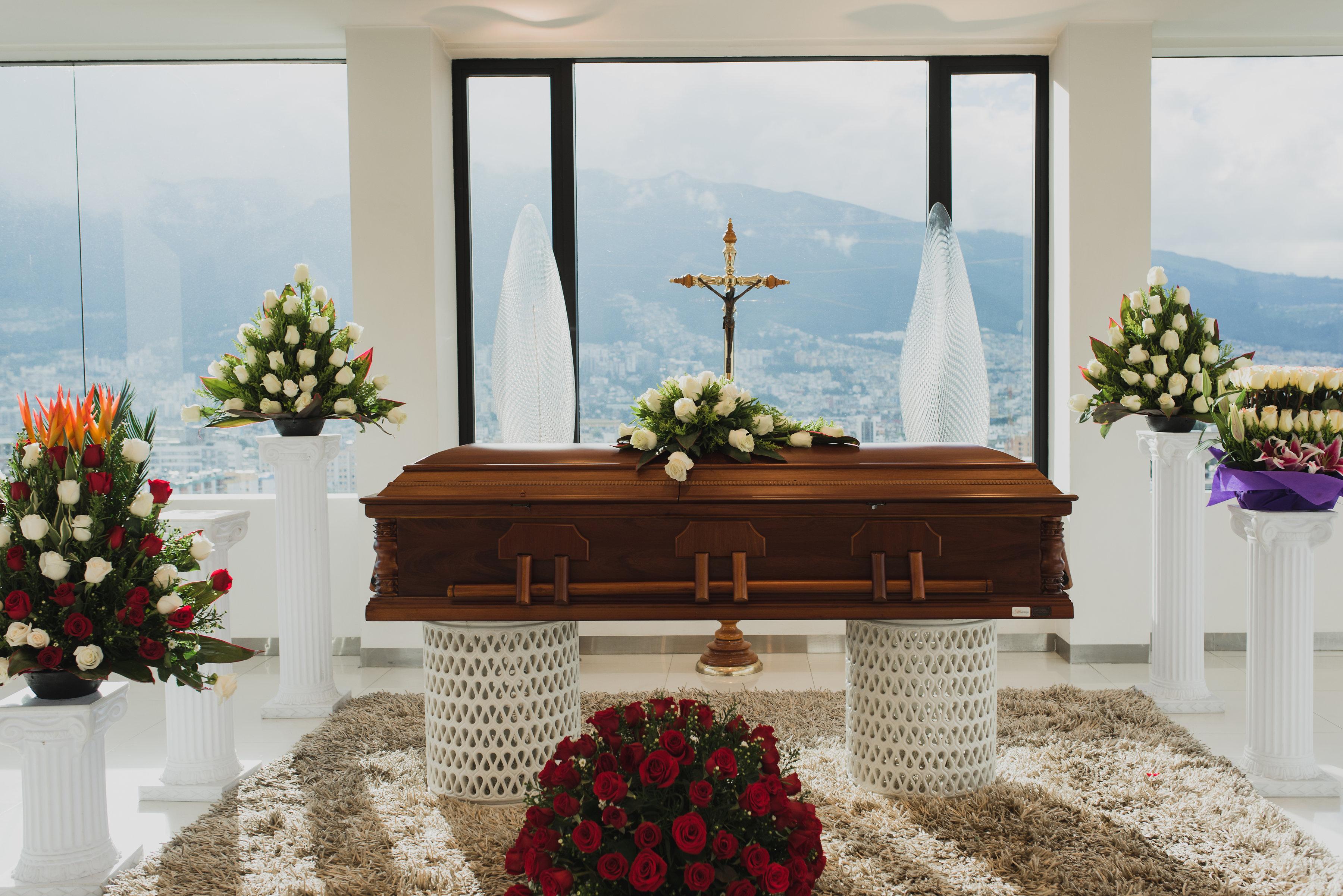Este empresario encontró un negocio rentable en la muerte