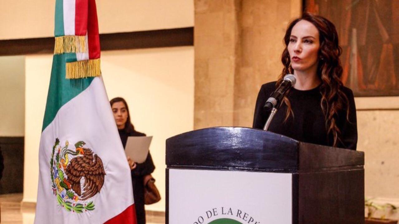 Gabriela Cuevas renuncia al PAN y anuncia apoyo a AMLO