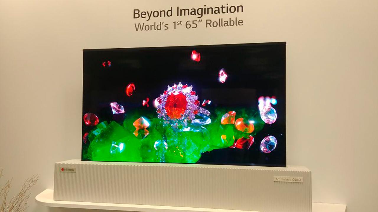 CES 2018 | Esta pantalla OLED 4K se enrolla para ahorrar espacio