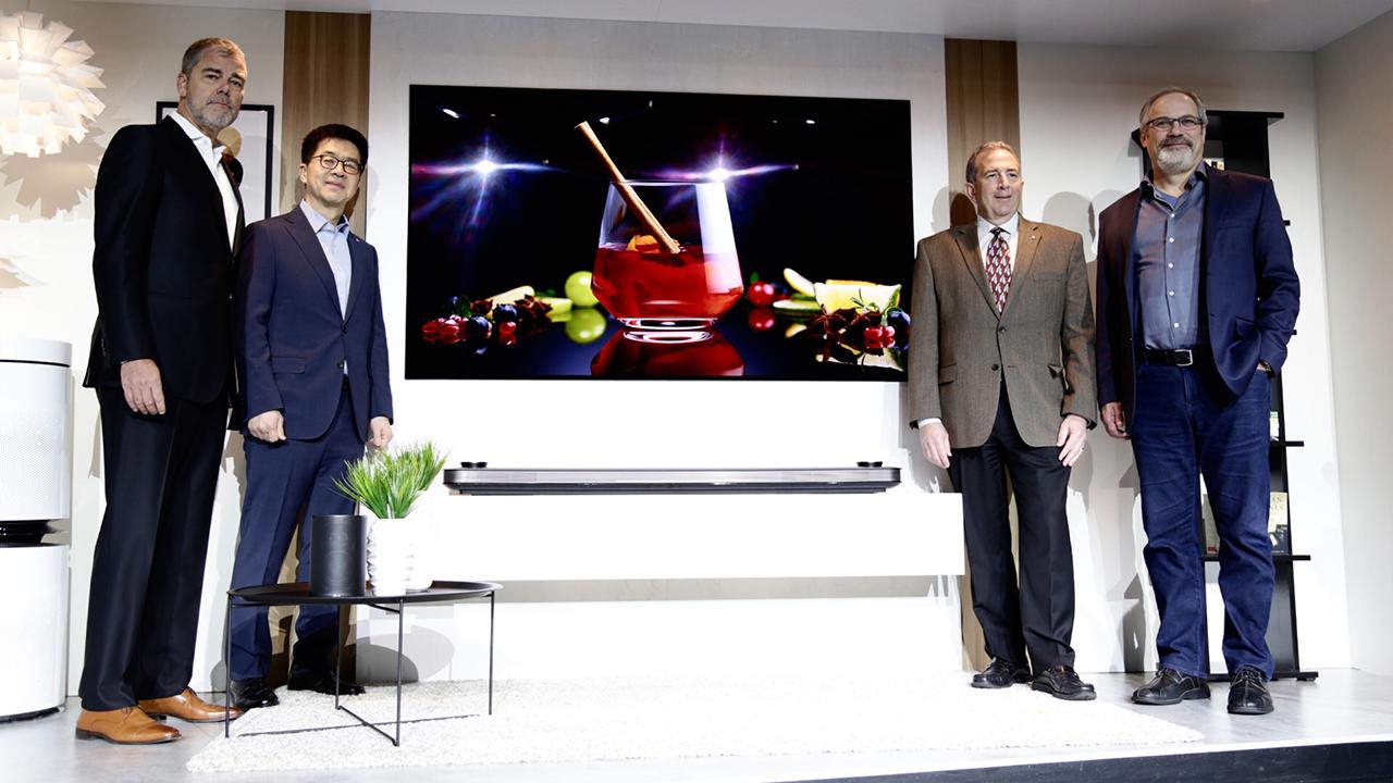 OLED e Inteligencia artificial otorgan premiación a LG