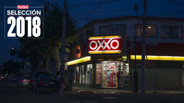 Oxxo vende más comida que Vips, McDonald's y Starbucks