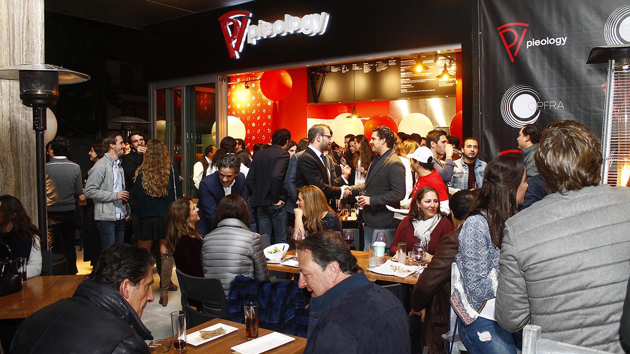 Pieology quiere ser el 'Subway' de las pizzas en México