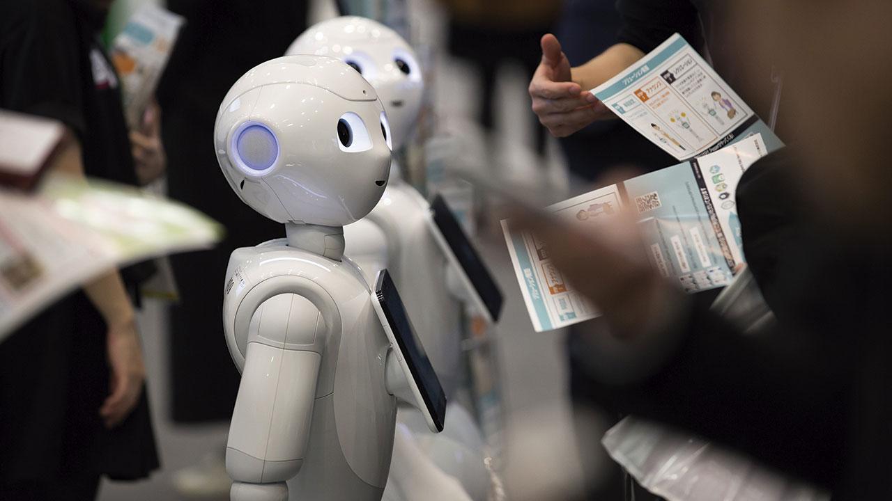 De humanidades, robots e Inteligencia Artificial