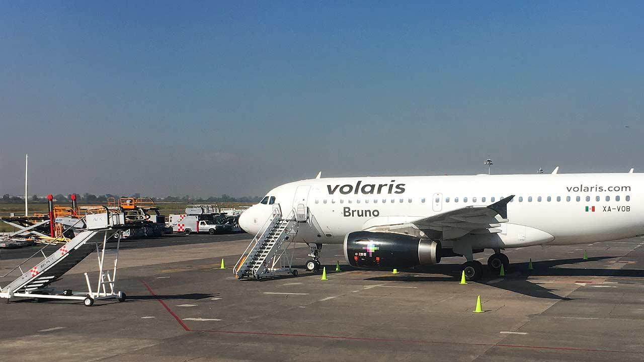 Volaris remonta en la bolsa, pero analistas prevén futuro complicado