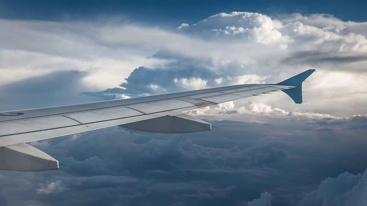 Verano: Reglas para ahorrar en boletos de avión