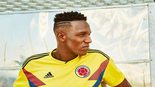 Yerry Mina se presenta ante un Camp Nou con acento colombiano