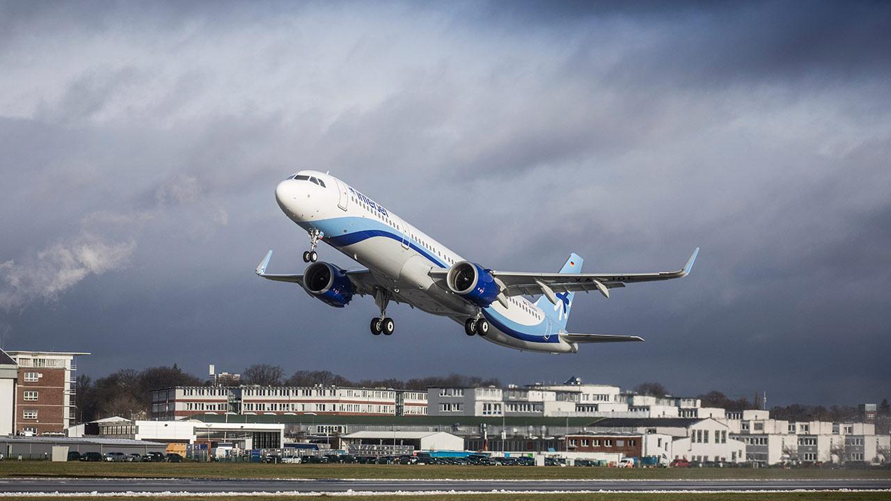 Interjet estrena aeronave de nueva generación