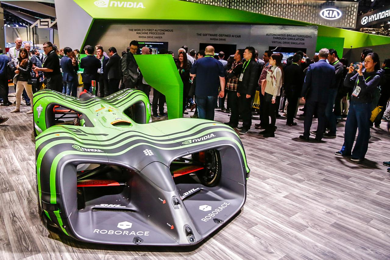 CES 2018 | El primer auto de carreras conducido por Inteligencia Artificial