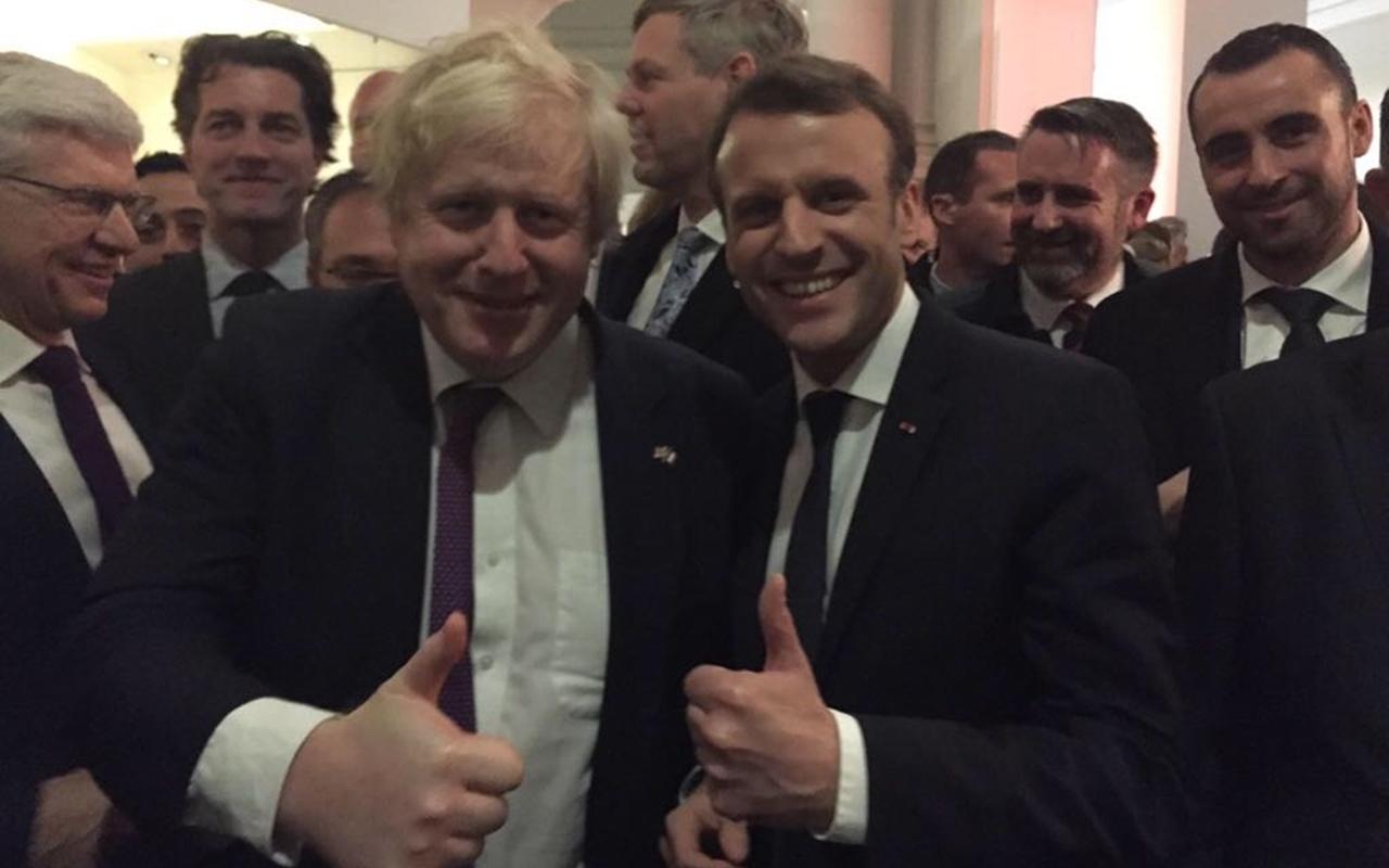 El principal promotor del Brexit pide ahora un puente con Francia
