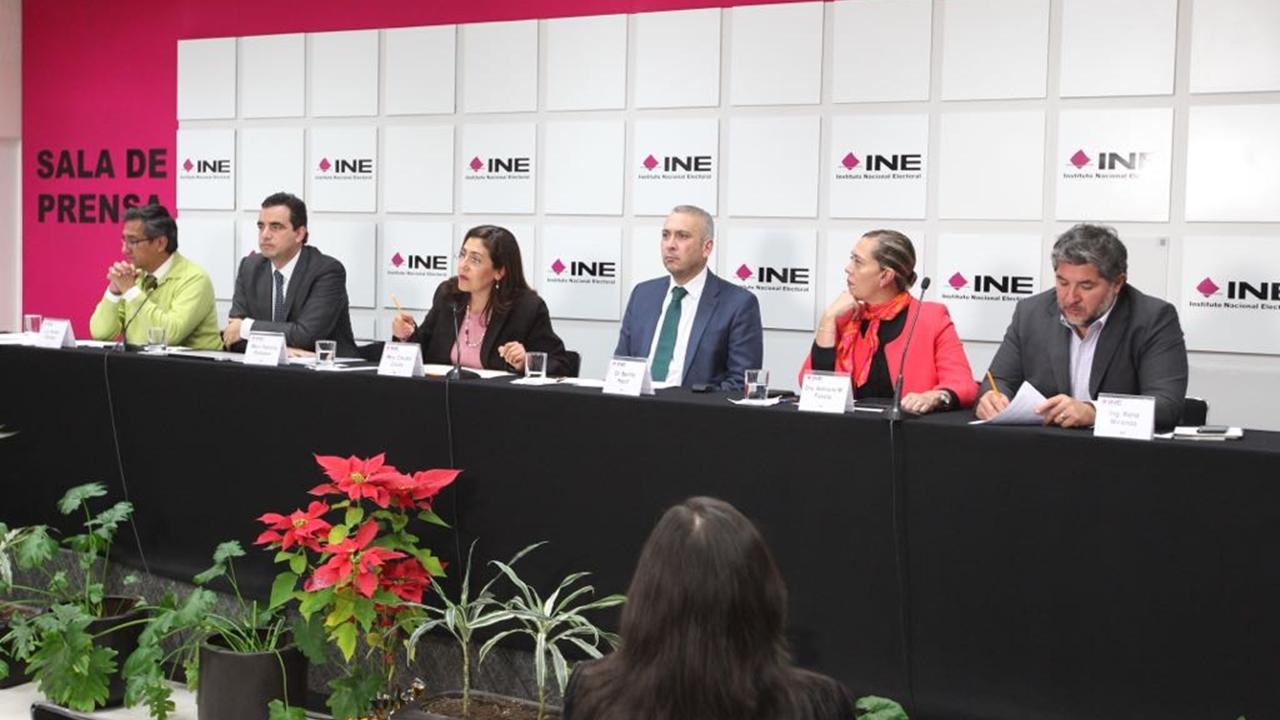 INE detecta firmas irregulares para aspirantes independientes