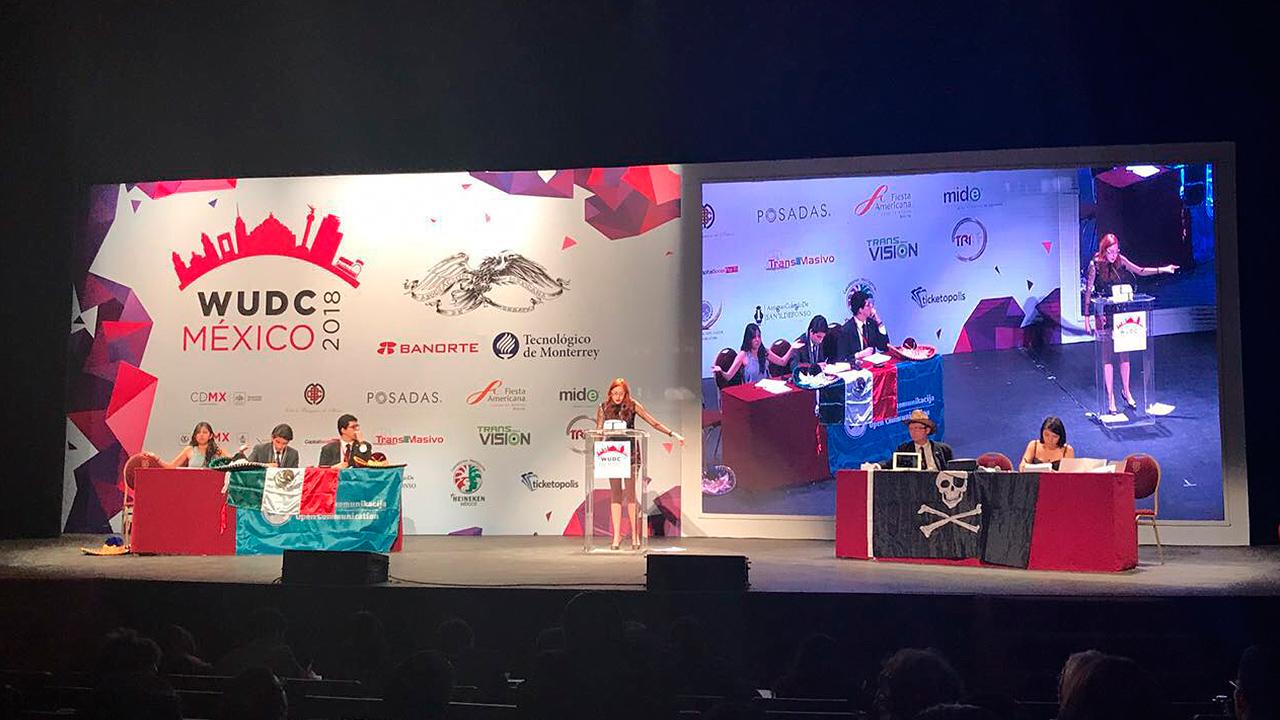 Tres mexicanas que triunfaron en el 'mundial de debate'