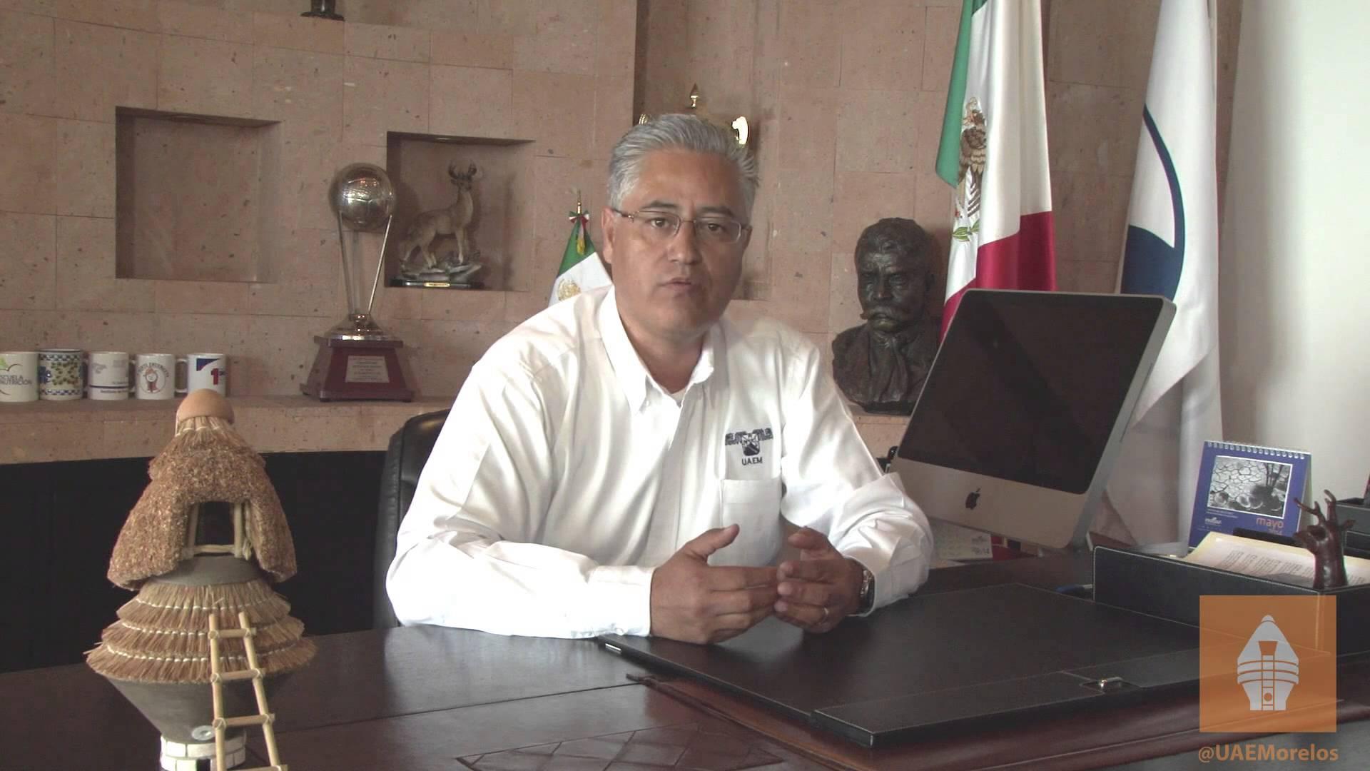 Alejandro Vera, ex rector de la UAEM, detenido por abuso de confianza