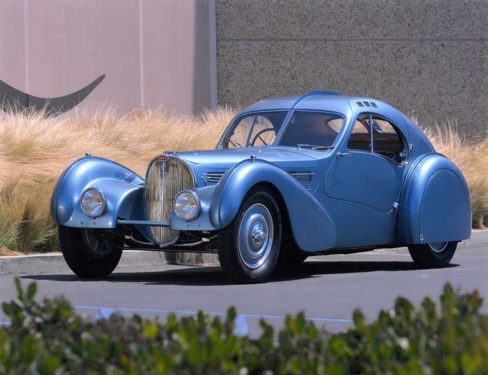 autos clásicos, Peninsula Classics Best of the Best Award, 1936 Bugatti Type 57 SC Coupé Atlantic