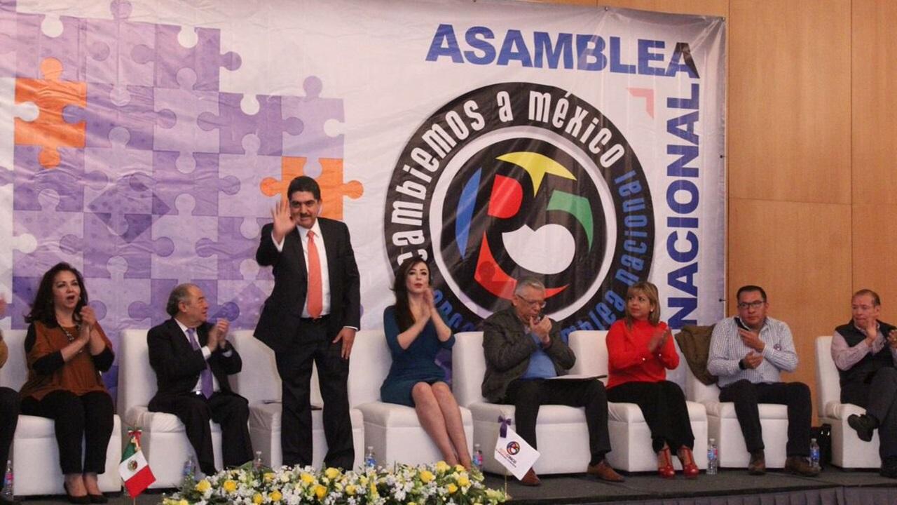 El exdirigente del PAN, Manuel Espino, se une a la campaña de AMLO