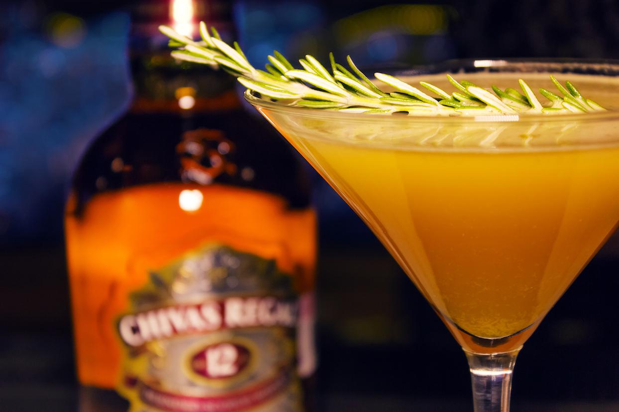 ¡Tragos entre amigos! Prepara cinco cocteles con whisky