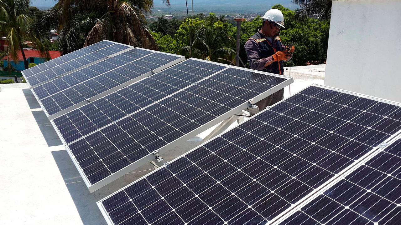 Energía solar es la apuesta de República Dominicana