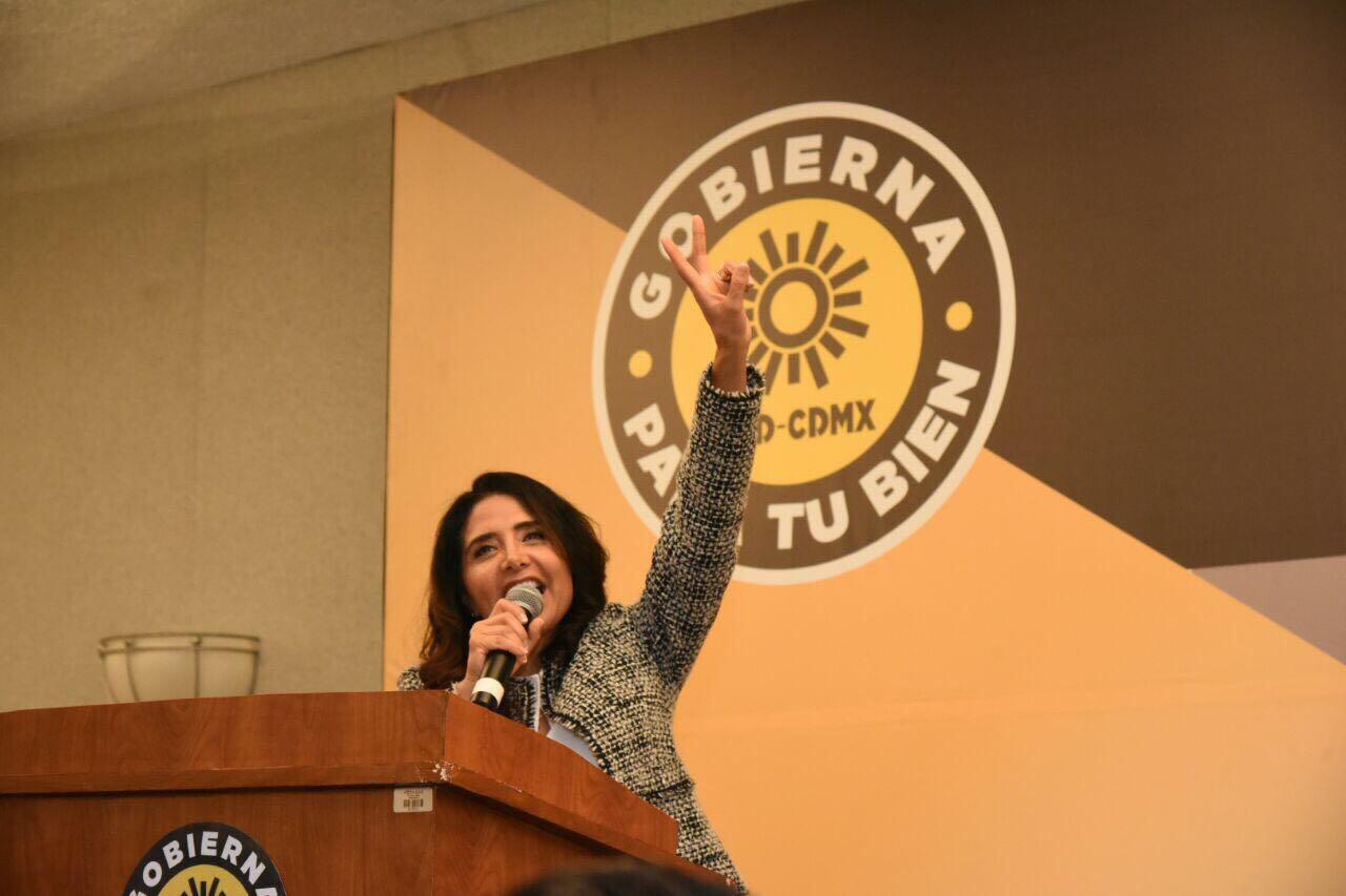 PRD formaliza candidatura de Barrales a la jefatura de gobierno