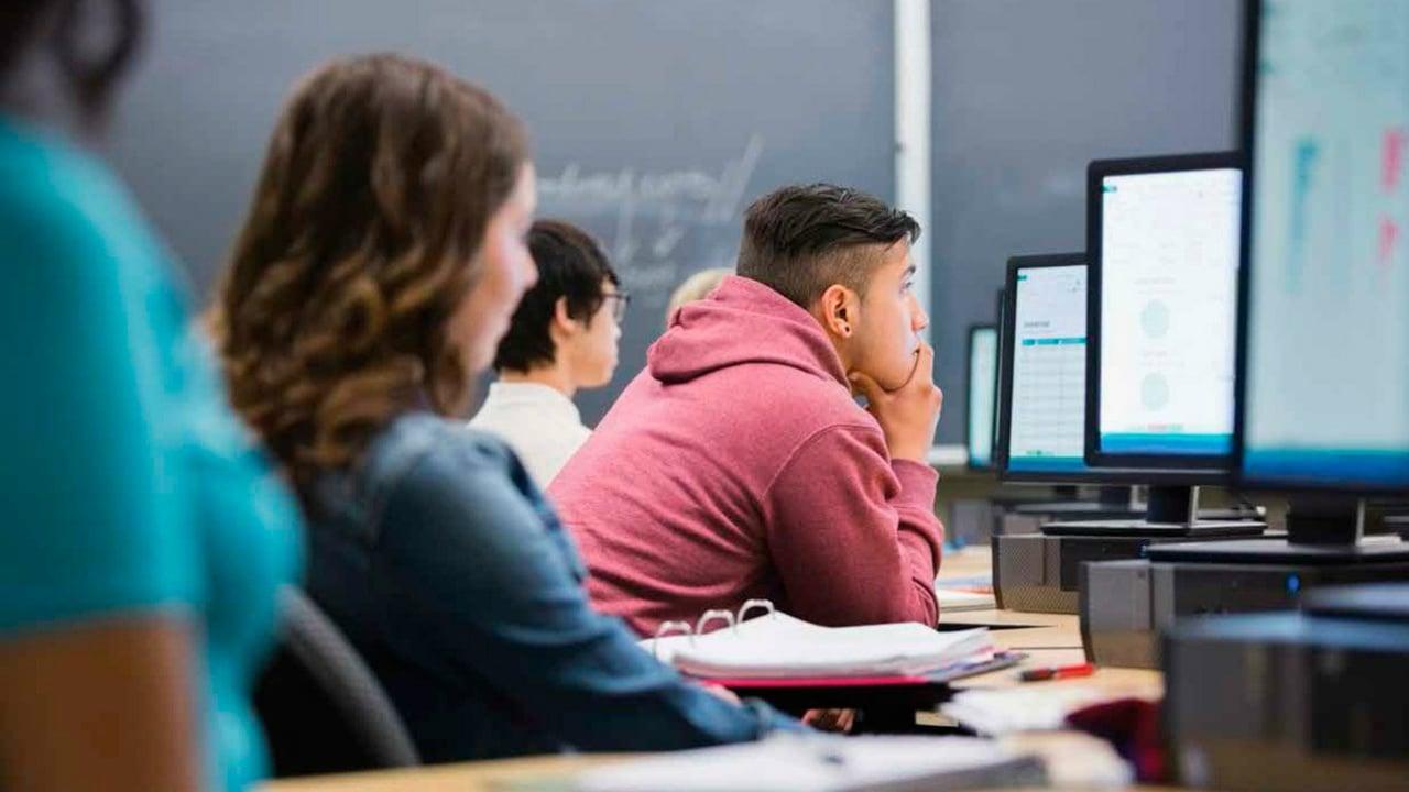 La educación digital y la brecha de talento