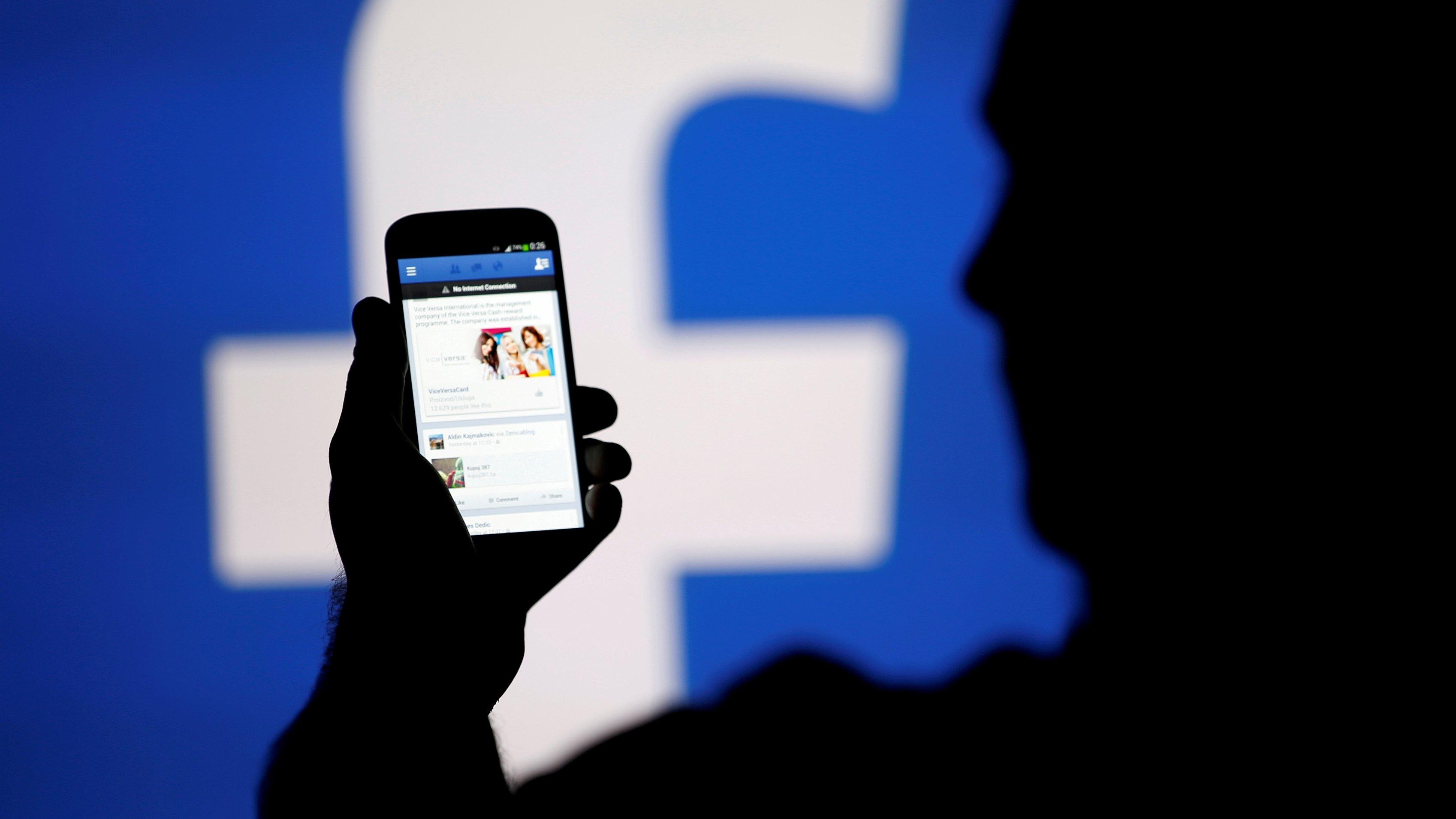 Europa investigará uso indebido de datos de usuarios de Facebook