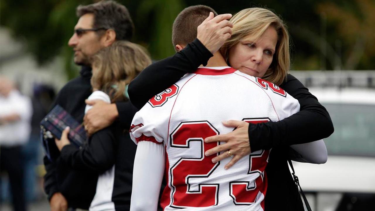 Atacante de escuela de Florida enfrenta 17 cargos de homicidio