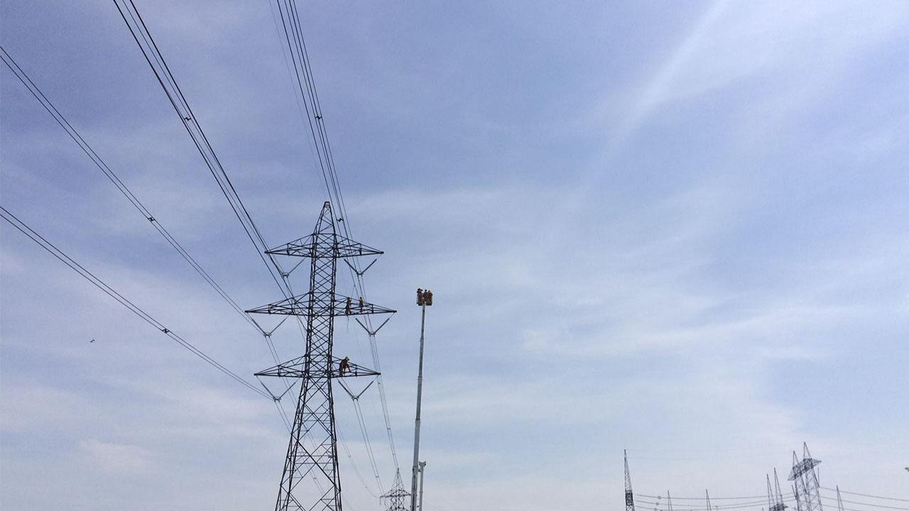 Quebec quiere construir la 'supercarretera' eléctrica en el desierto de México