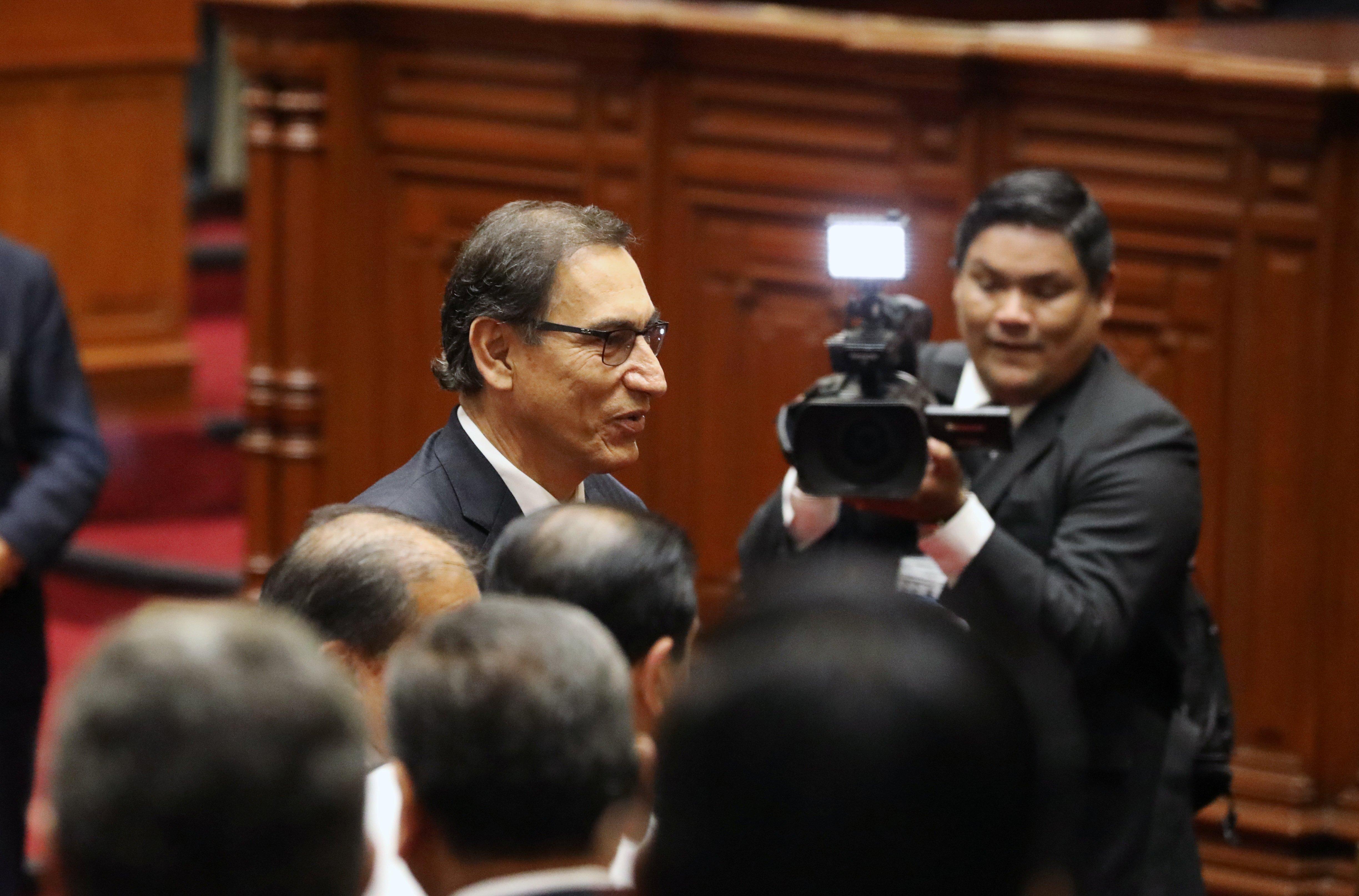 Presidente de Perú pide a empresarios combatir la corrupción