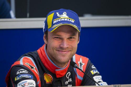 Conoce la historia de Andreas Mikkelsen, un piloto por accidente