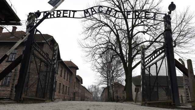 Murió el ex SS Oskar Gröning, conocido como el 'contable de Auschwitz'