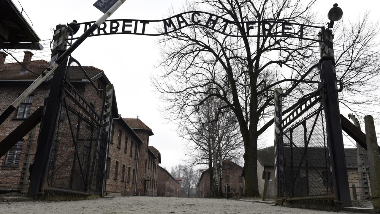Muere Oskar Groening, el 'contador de Auschwitz'