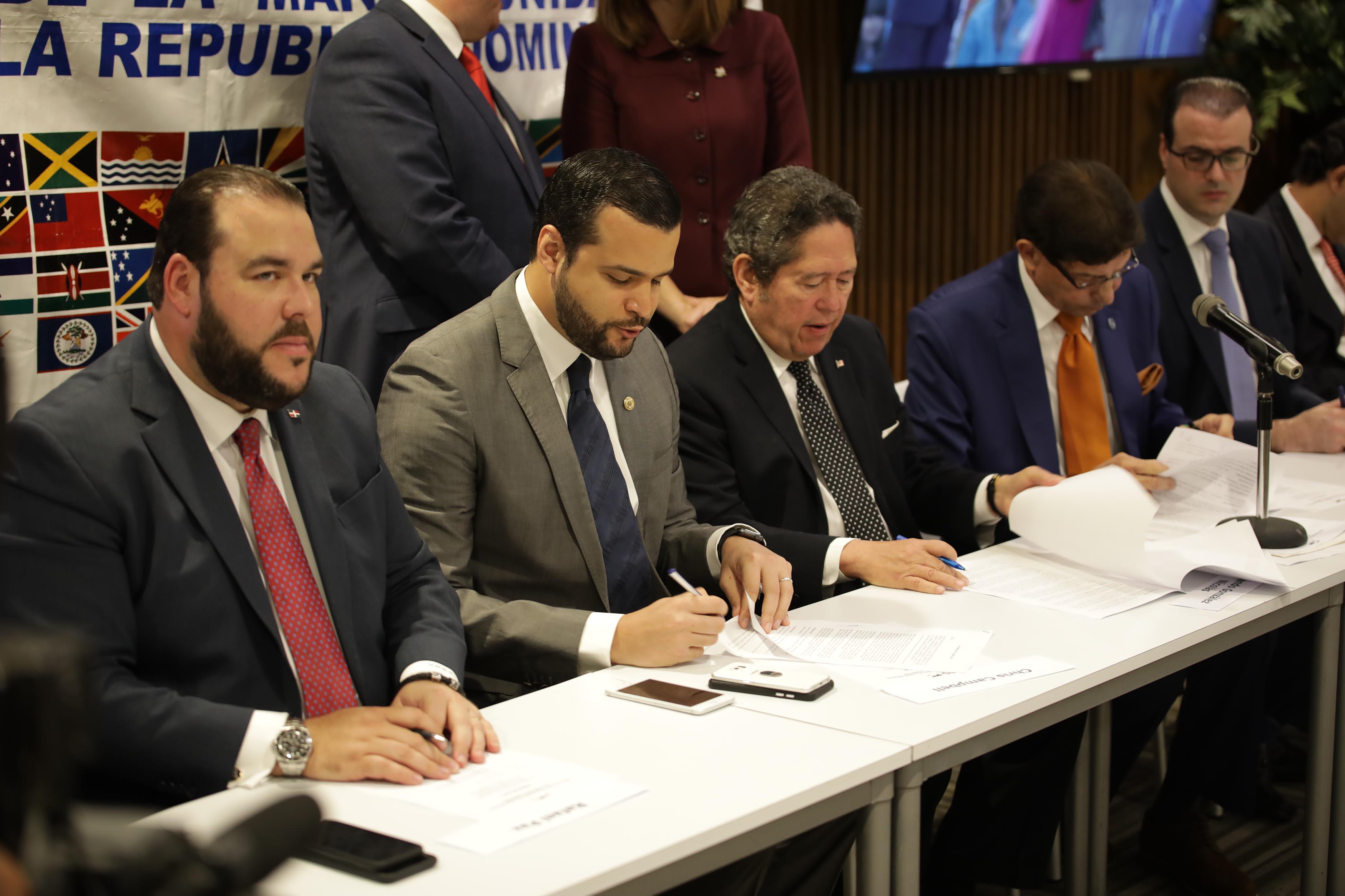 53 países buscan oportunidades de negocio en República Dominicana