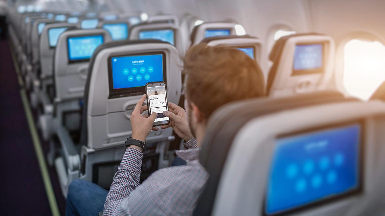 Asiento vacío en aviones podría reducir exposición a Covid-19 hasta un 57%
