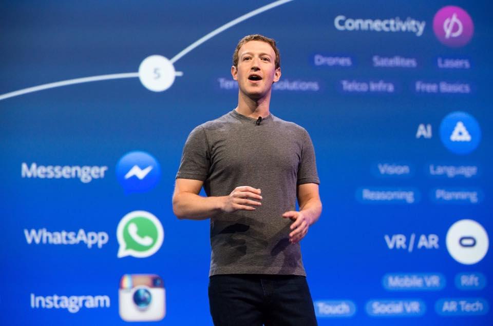 Inversores de Facebook votan para destituir a Zuckerberg como CEO