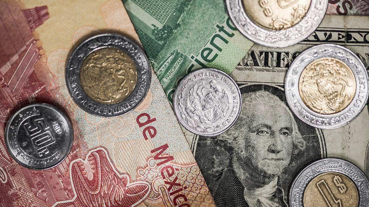 Peso se recupera frente al dólar que se vende en 19.95 pesos en bancos