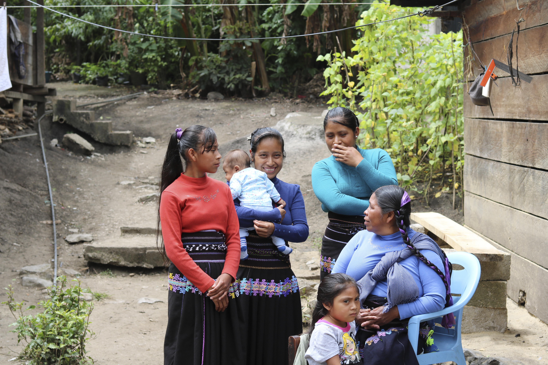 Sólo 18% de las mujeres en México cuenta con seguro de gastos médicos
