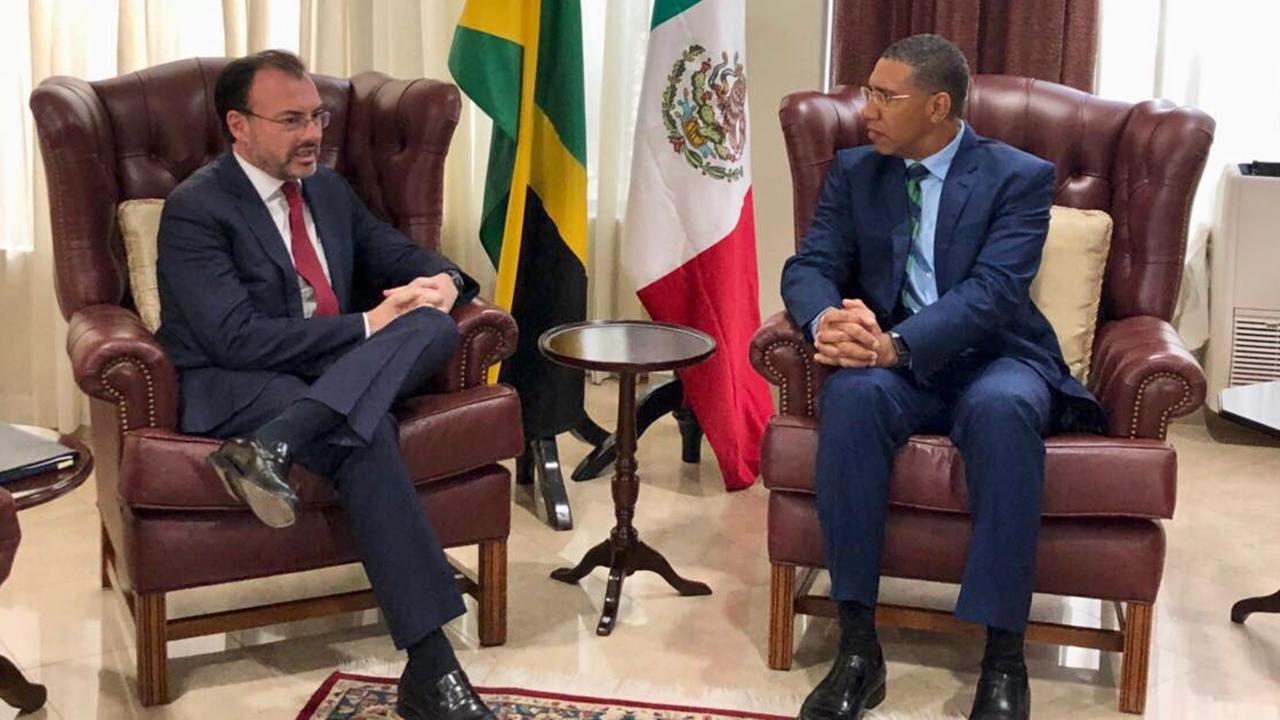 Videgaray impulsa cooperación energética con Jamaica