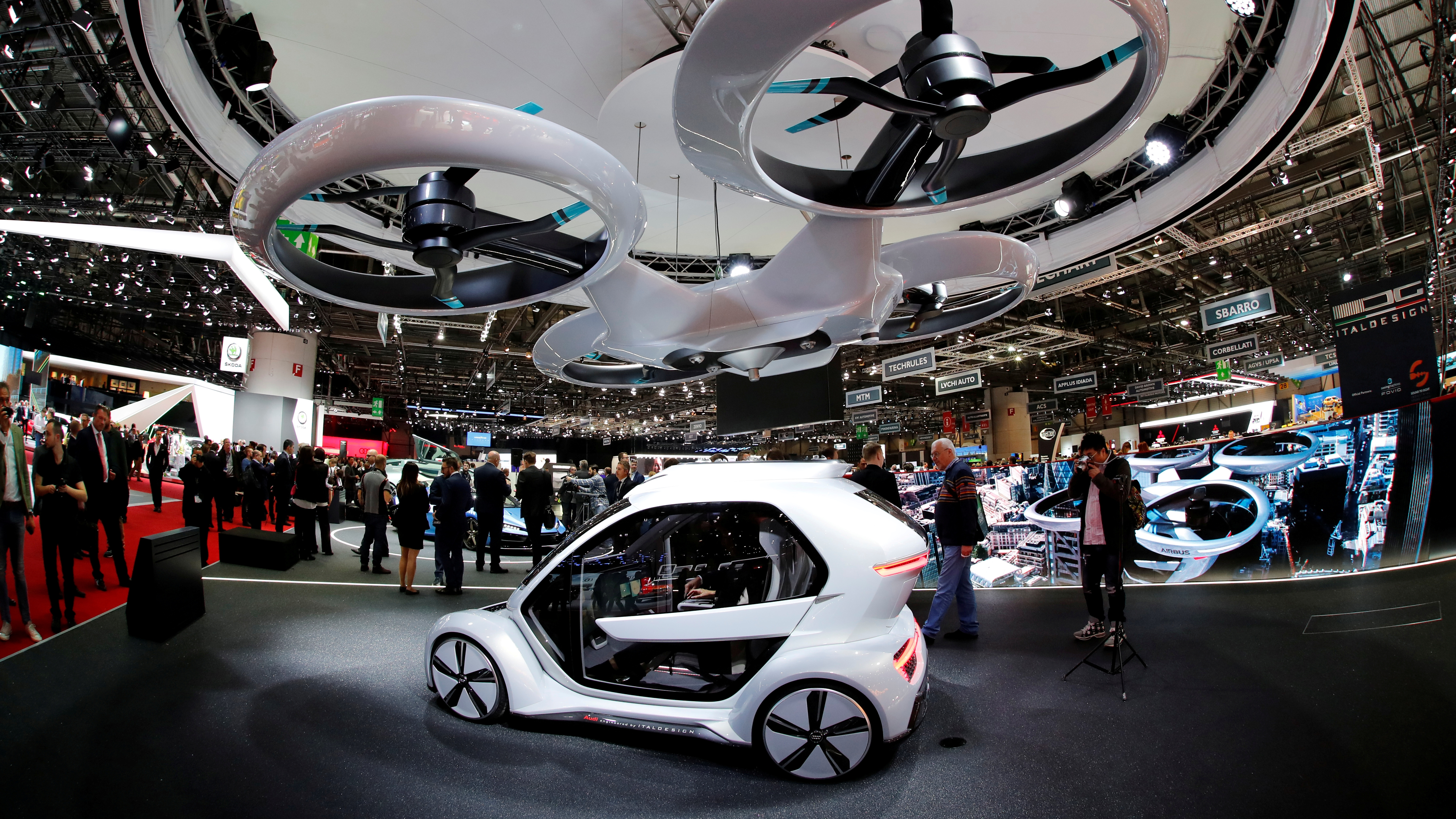 Porsche prevé tener tecnología para taxis voladores en una década