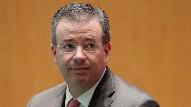 Trabajará Banxico con quien sea que gane la Presidencia: Díaz de León