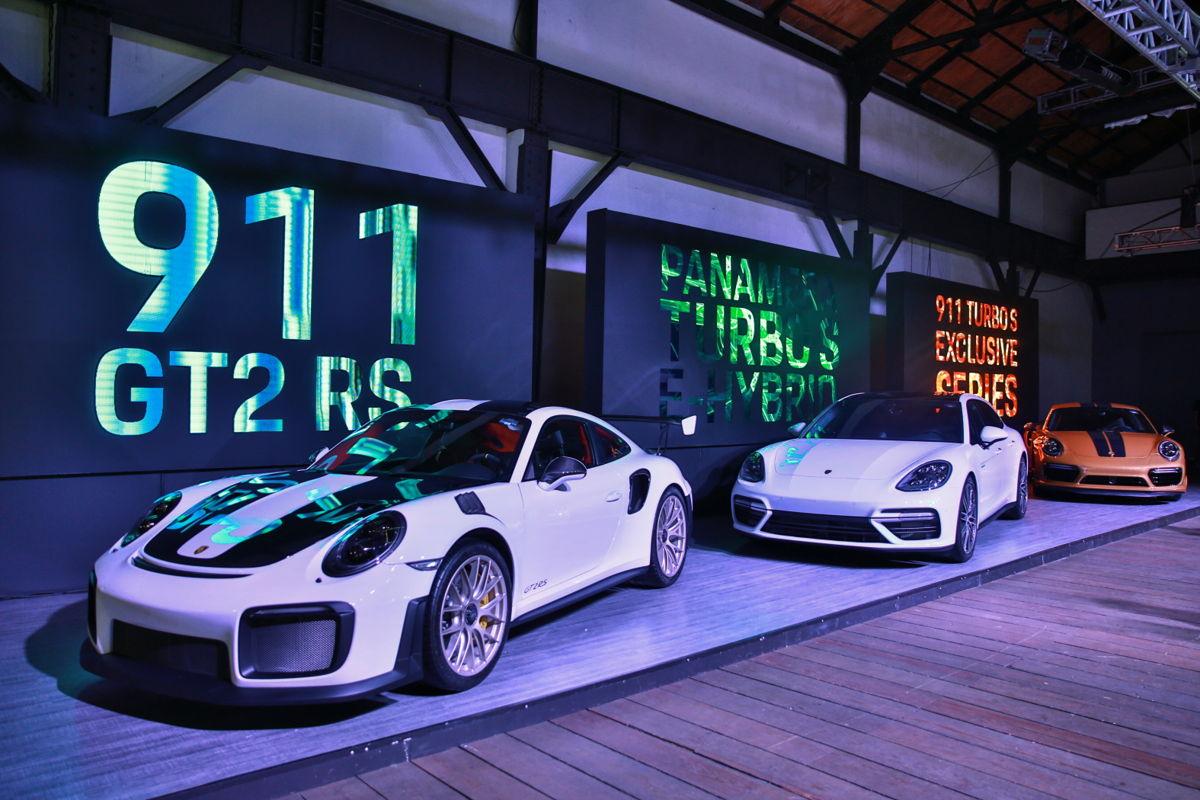 Porsche presenta tres súper deportivos en la Ciudad de México