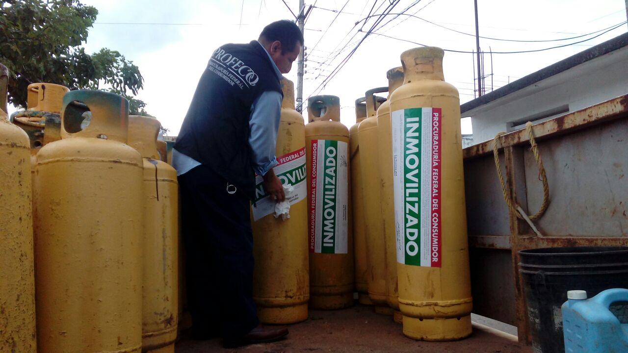 Profeco inmoviliza cilindros de gas LP